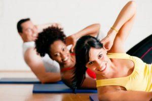 abdominales con pelota beneficios